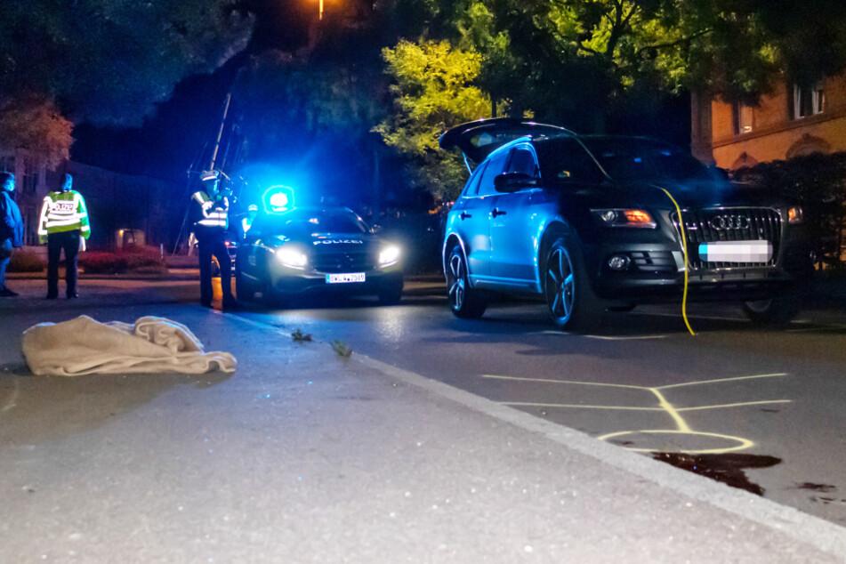 Fußgänger schwebt nach Zusammenstoß mit Auto in Lebensgefahr