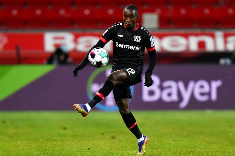 Moussa Diaby (21) hat sich bei Bayer 04 Leverkusen beeindruckend entwickelt und hat das Interesse mehrerer Spitzenvereine geweckt.
