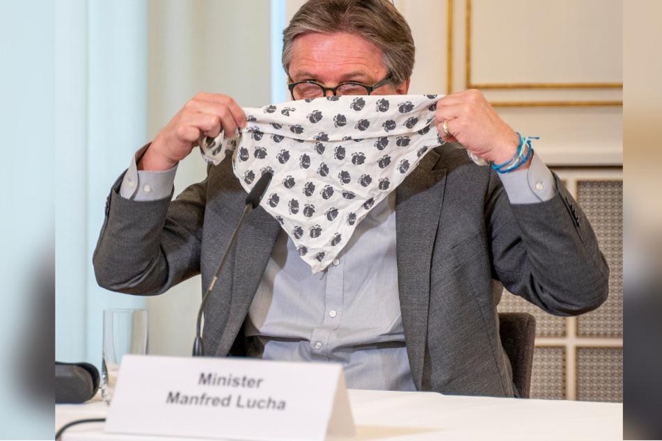 Gesundheitsminister Lucha rechnet mit besserer Schutzmasken-Versorgung