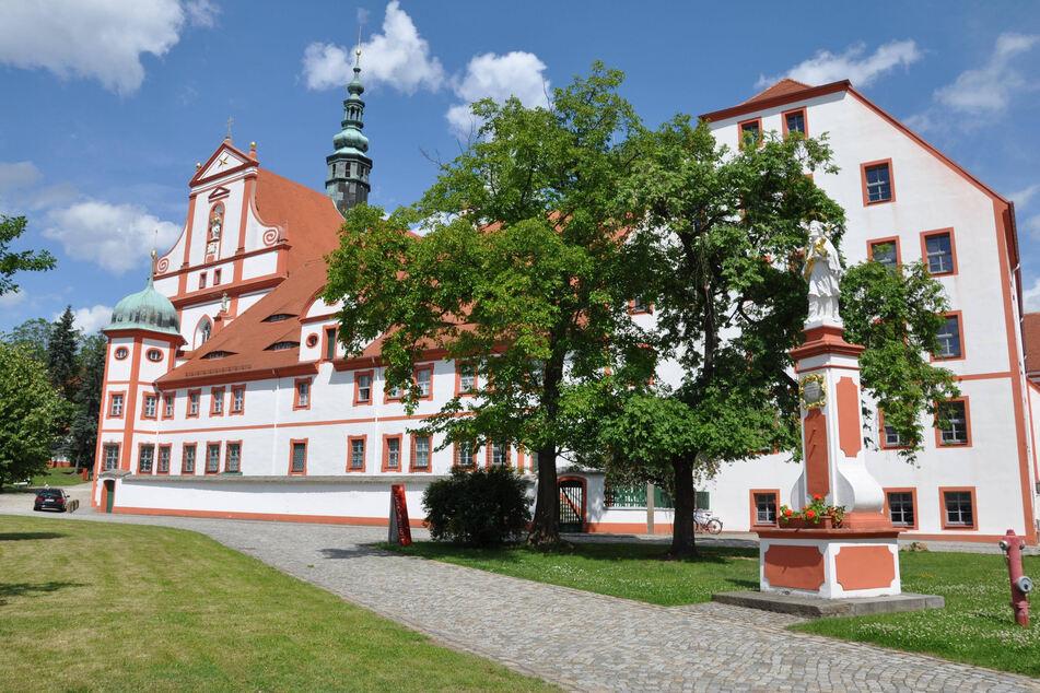 Das Kloster St. Marienstern in Panschwitz-Kuckau ist hübsch anzusehen.