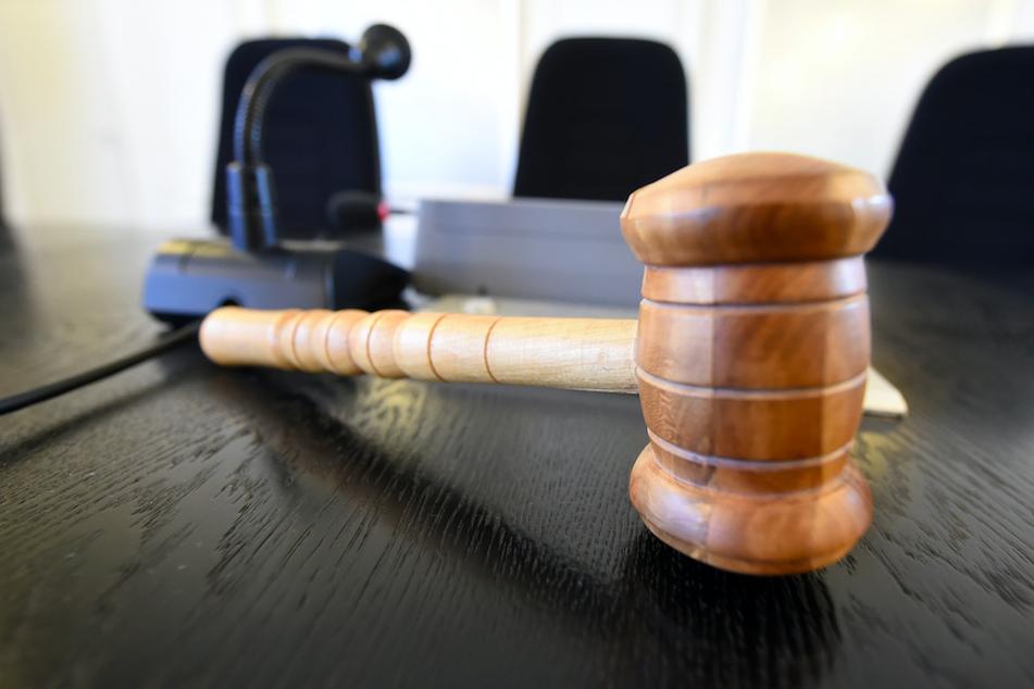 Das Urteil gegen einen Bundespolizisten wird von seinem Anwalt angefochten. (Symbolbild)