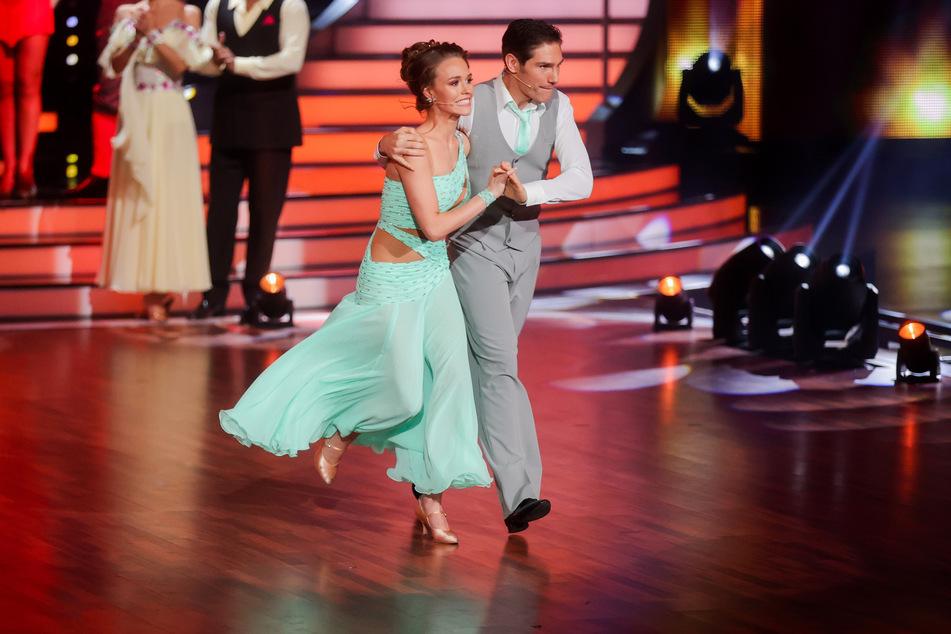 """Laura Müller (19) und Christian Polanc (41), Profitänzer, tanzen in der RTL-Tanzshow """"Let's Dance"""". Die Wendler-Verlobte schied am Samstagabend aus."""