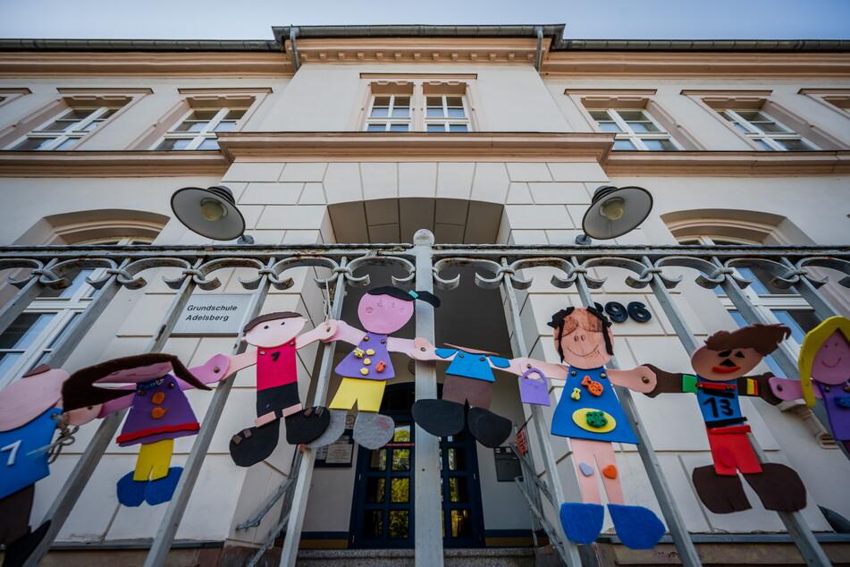 Die Kids werden zunächst an der Comenius-Grundschule unterrichtet.