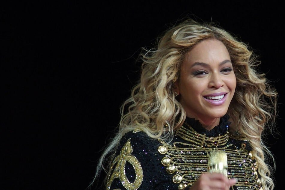 Beyoncé breaks more records at the NAACP Image Awards!