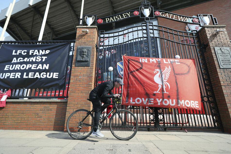 Auch in Liverpool gab es heftige Proteste. Der Klub verkündete nun ebenfalls, nicht mehr bei der Super League dabei sein zu wollen.