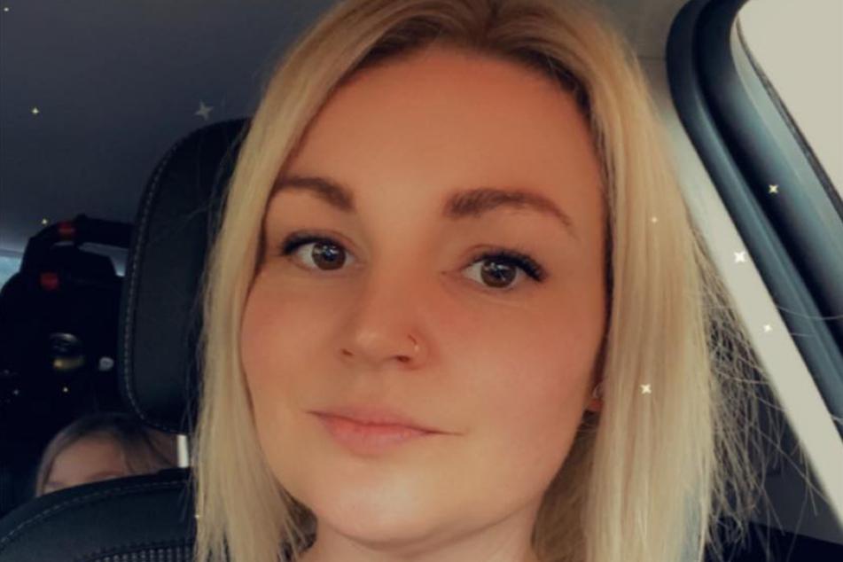 Rebecca Holford (34) auf einem Facebook-Selfie.