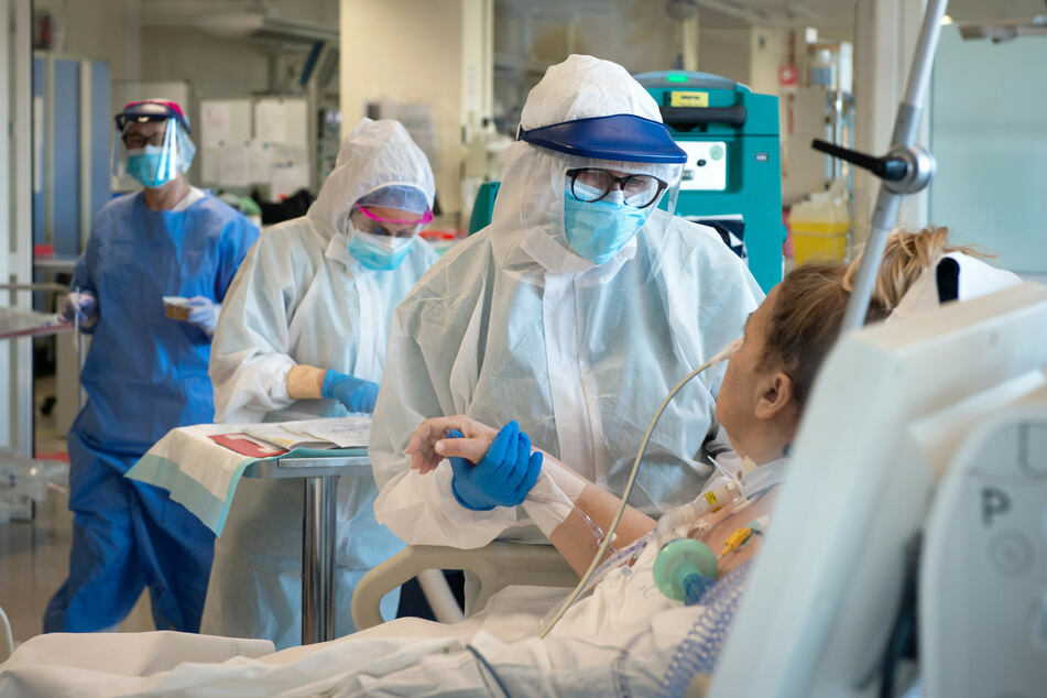 """Biologe mit schrecklicher Prognose: """"Nächstes Virus könnte Hundert Millionen Menschen töten"""""""