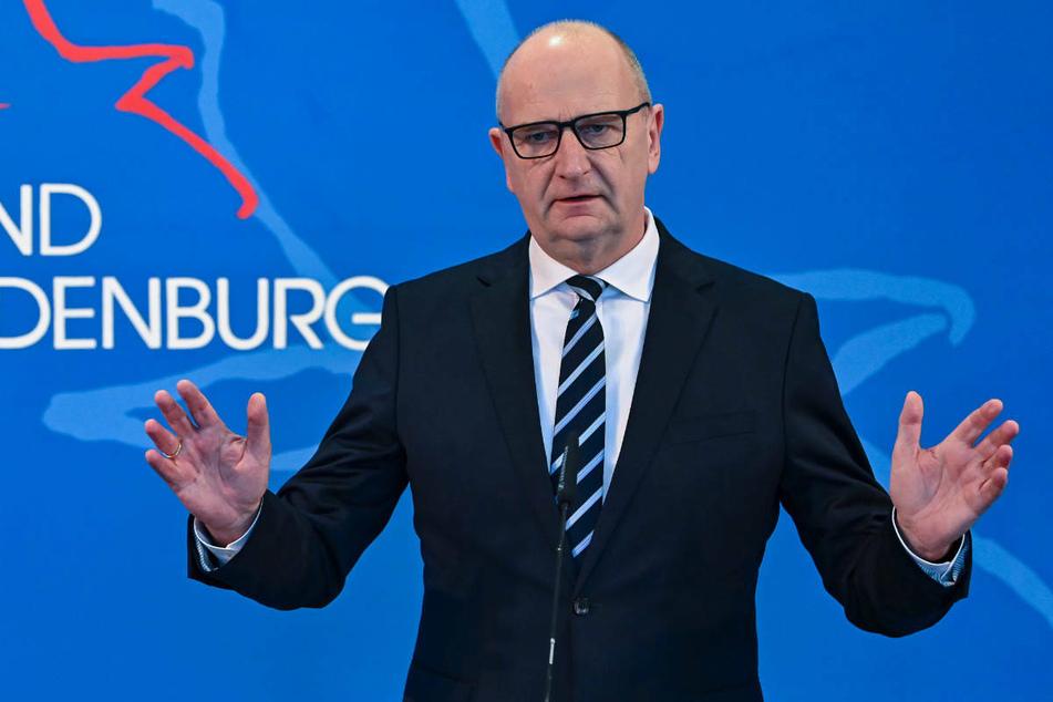 Am Mittwoch hat Brandenburgs Ministerpräsident Dietmar Woidke (59, SPD) die Landkreise bei einer Sieben-Tage-Inzidenz über 100 zu weiteren Corona-Schutzmaßnahmen aufgerufen.