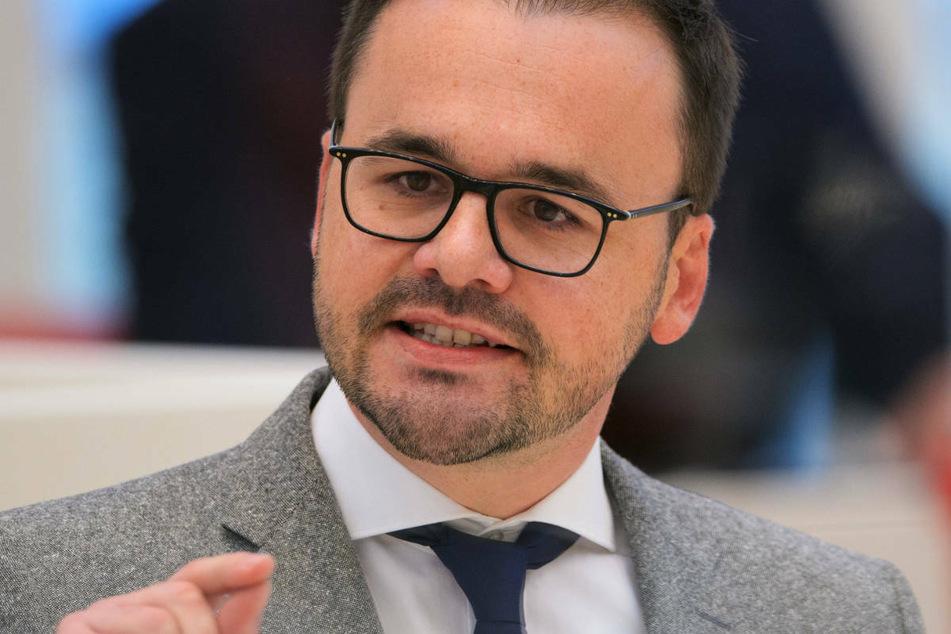 Brandenburgs CDU-Landtagsfraktionschef Jan Redmann (41) dringt auf eine Öffnung von Hotels im Juni.