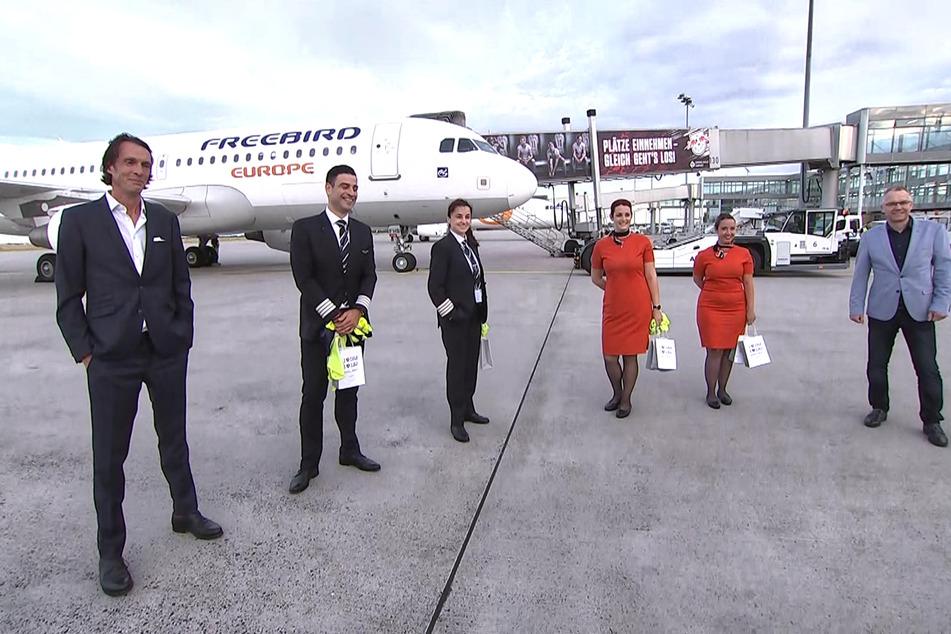 Die Crew freut sich sich auf ihren ersten Flug Richtung Griechenland.