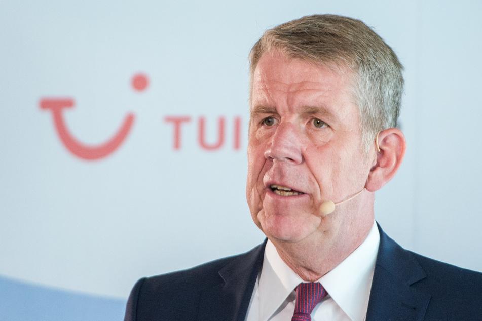 Fritz Joussen, CEO des Reisekonzerns Tui, spricht während einer Pressekonferenz.