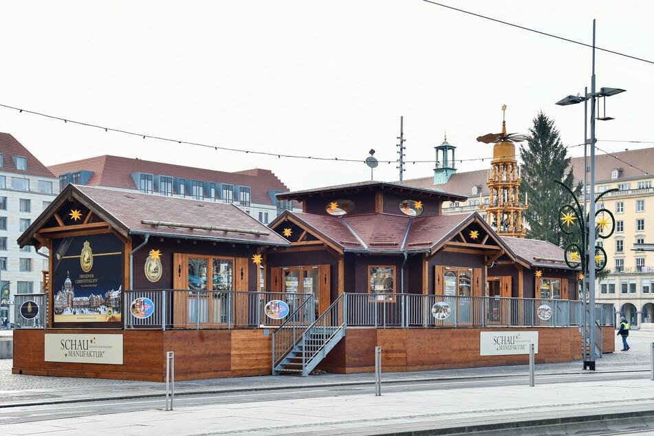 Die weihnachtlichen Schauwerkstätten wurden an der Altmarkt-Seite Wilsdruffer Straße aufgebaut.