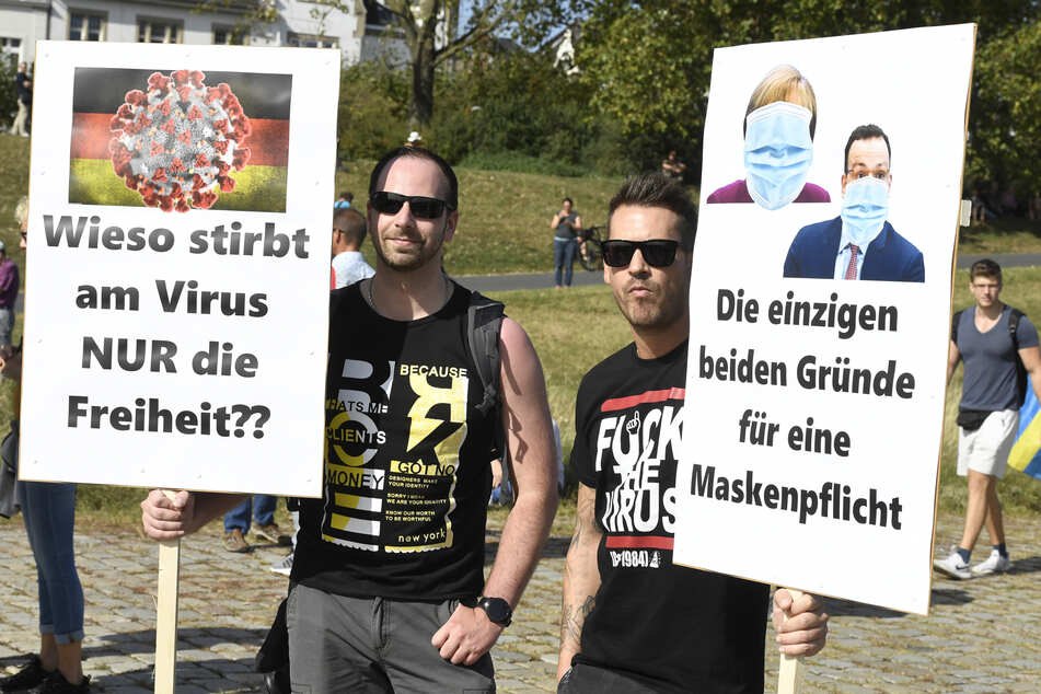 Corona-Demo in Düsseldorf: Weniger Teilnehmer als erwartet
