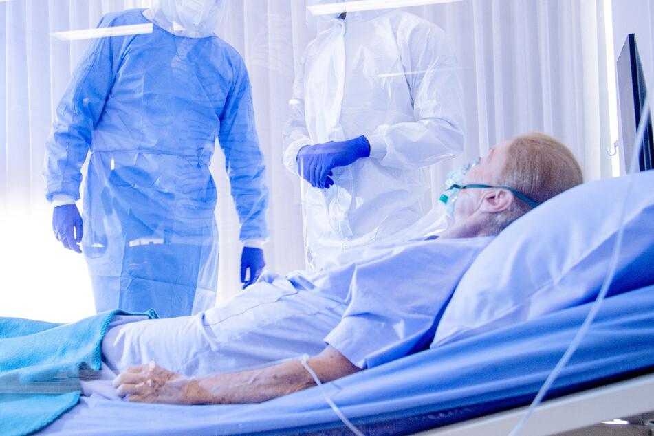 In Schweden besteht der Verdacht, dass viele ältere COVID-19-Patiente nicht mehr geheilt werden. (Symbolbild)