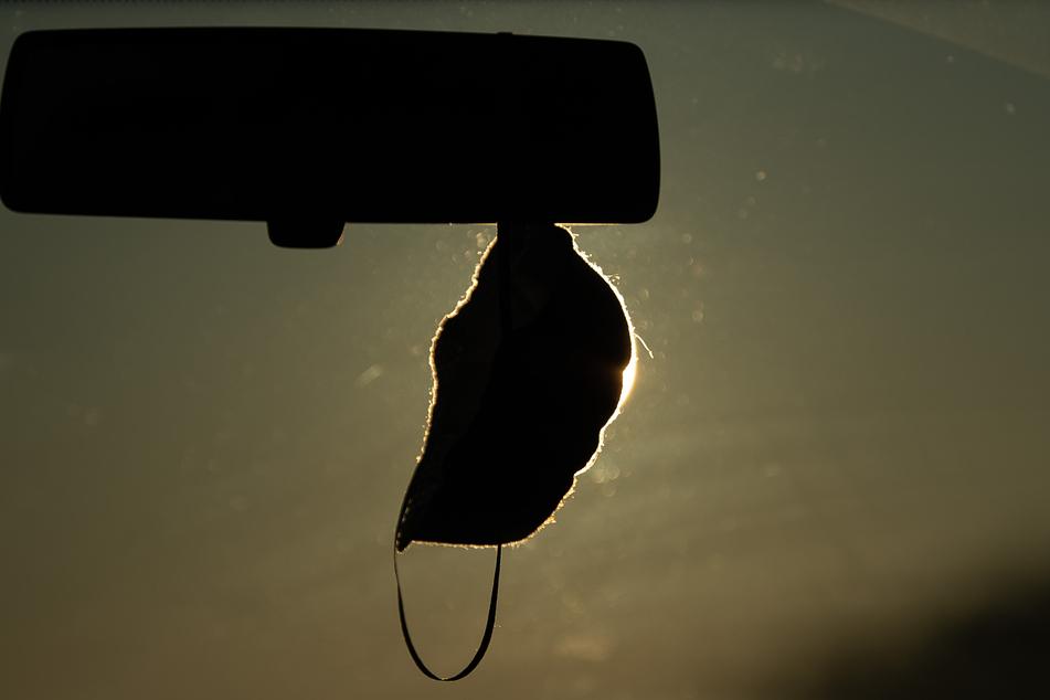 Wird das Mitführen von Masken im Auto bald zur Pflicht?
