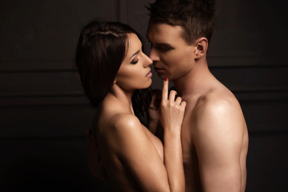 Eine junge Frau suchte Rat wegen einer bald anstehenden erotischen Begegnung (Symbolbild).