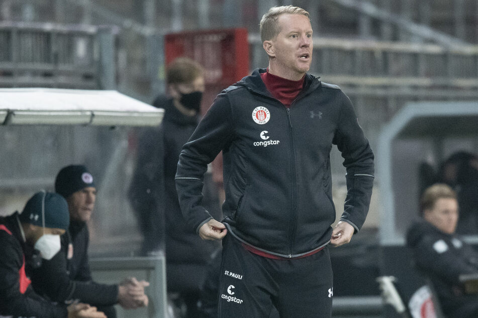 Timo Schultz, Trainer des FC St. Pauli, wurde Zeuge einer erneuten Niederlage seiner Mannschaft.
