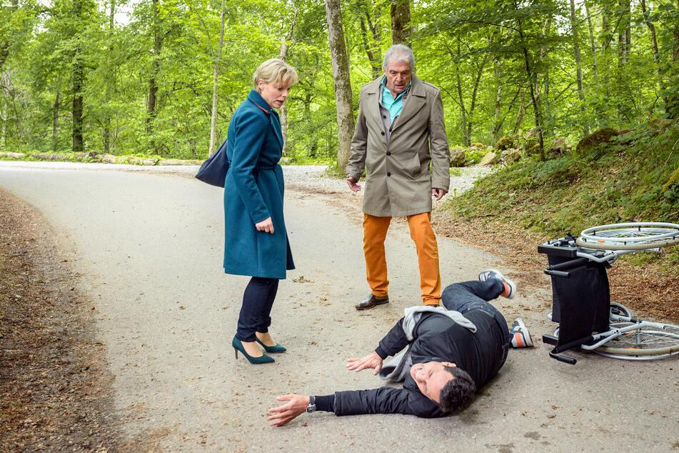 Linda versteht einfach nicht, wie André zu solchen Mitteln greifen kann.