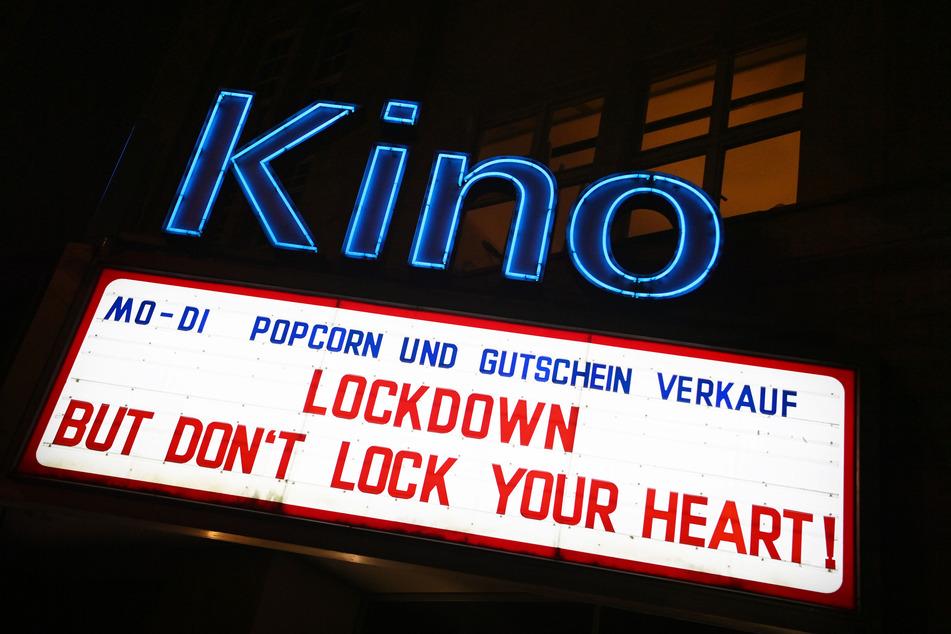 Wegen des Corona-Lockdowns sind die Kinos seit Monaten zu.