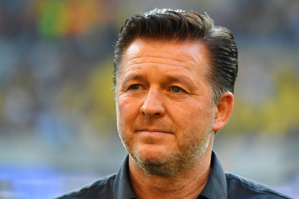 Christian Titz (49), früher Trainer des HSV, hat bis zum Saisonende beim 1. FC Magdeburg unterschrieben. (Archivbild)