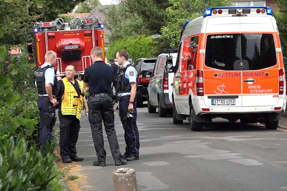 Nach dem Sturz in einen Gartenteich im münsterländischen Greven sind zwei kleine Kinder gestorben.