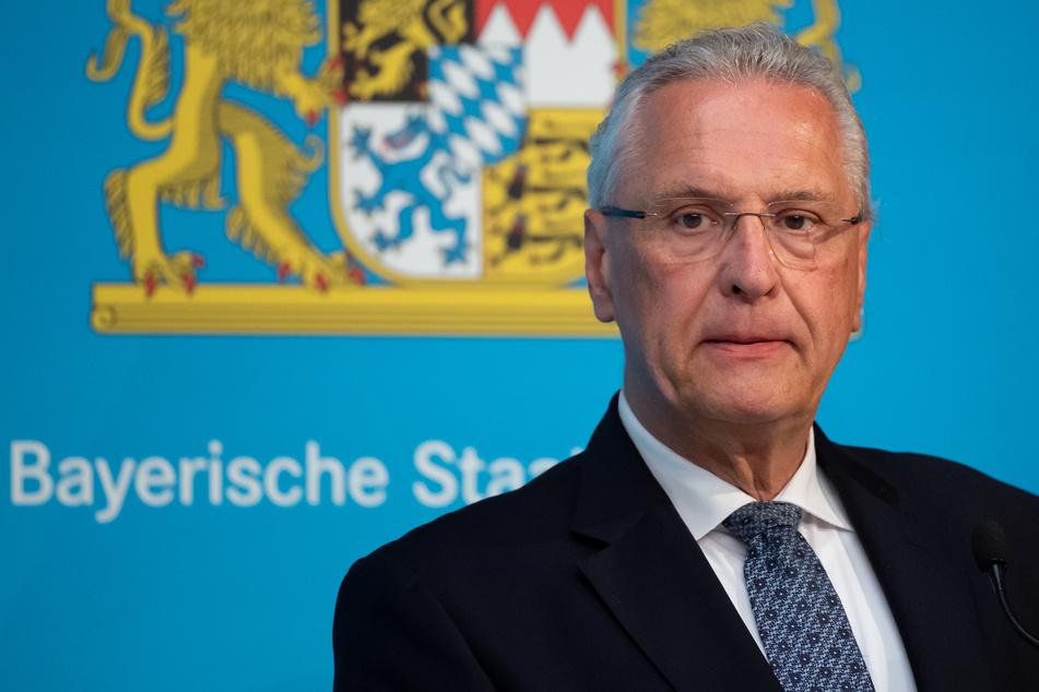 Angesichts der Corona-Pandemie hat Joachim Herrmann Freinachts-Scherzbolde gewarnt, ihr Unwesen zu treiben.