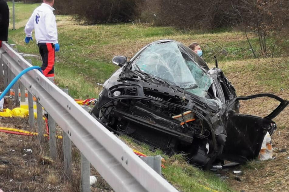 Unfall A14: A14 bei Leipzig nach schlimmem Crash voll gesperrt: Vier Personen verletzt!