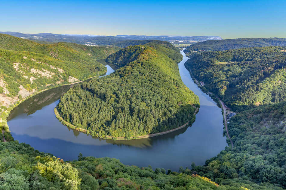 Die Saarschleife im Saarland ist eine beliebte Sehenswürdigkeit. (Foto:123RF/meinzahn)