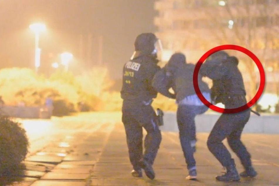 """Freispruch für Chemnitzer """"Prügel-Polizisten""""!"""
