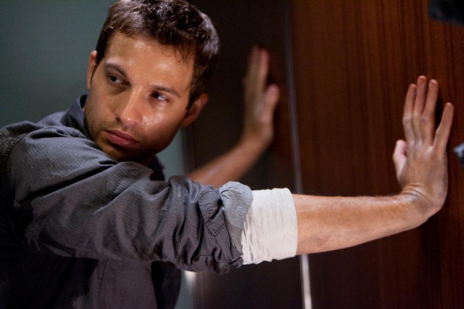 """""""Devil"""": Ex-Soldat Tony (Logan Marshall-Green) ist der letzte Überlebende im steckengebliebenen Aufzug."""