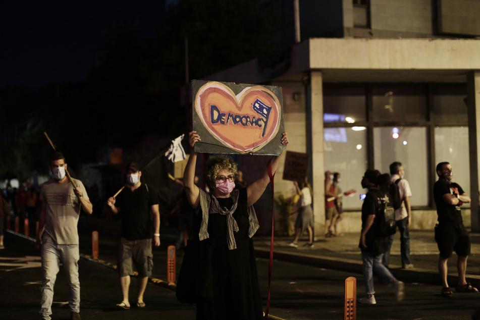 Coronavirus: Trotz Corona-Lockdown: Tausende demonstrieren in Israel