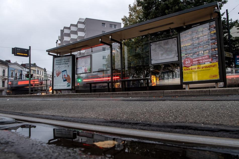 Jede Hilfe kam zu spät: Frau stirbt bei Kollision mit Straßenbahn