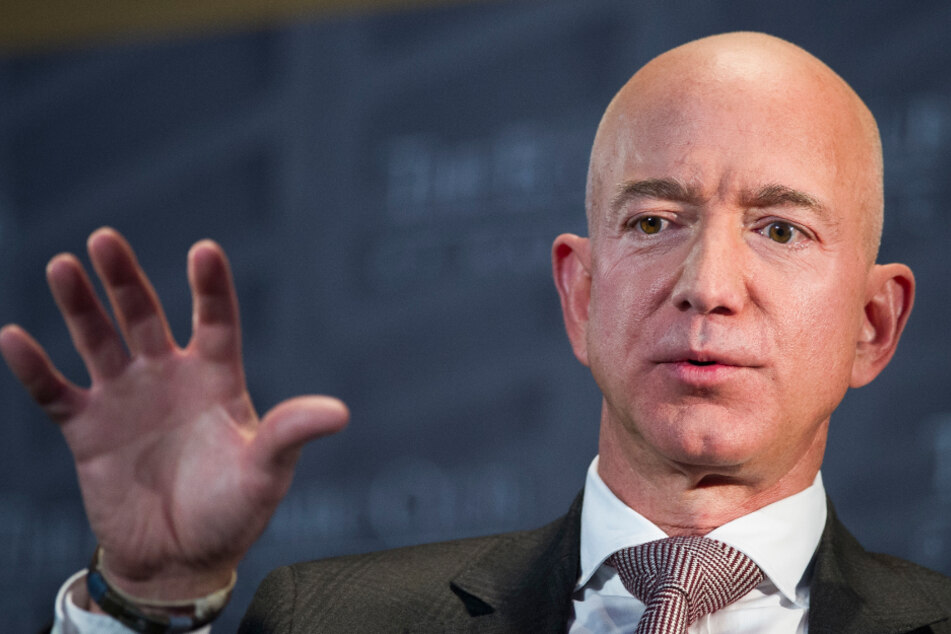 """Amazon-Boss als """"perfektes Arschloch"""" bezeichnet: Das ist der Grund!"""