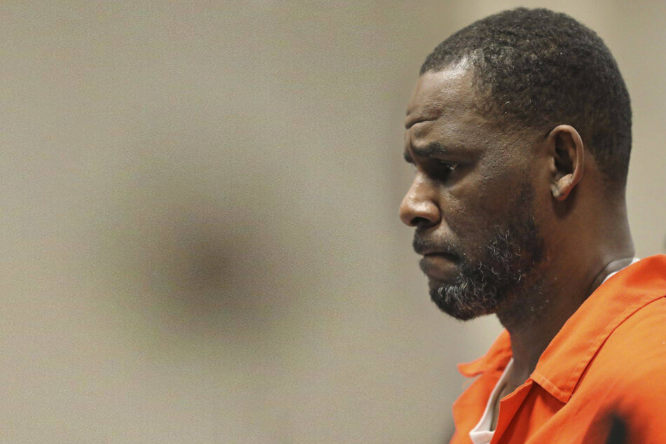 R. Kelly is moved to New York jail and hires new lawyer ahead of trial