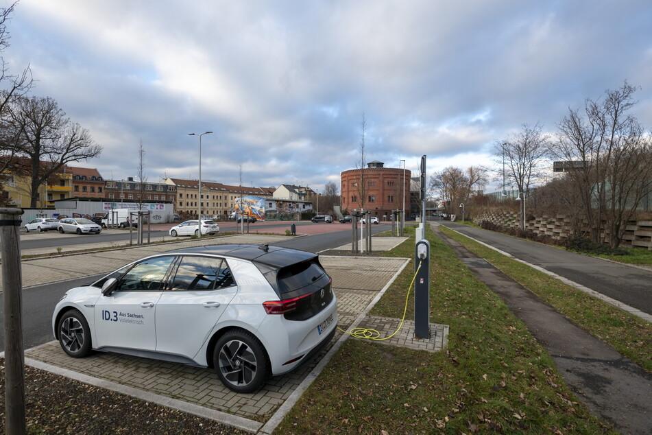 Auf dem Parkplatz am Alten Gasometer soll eine weitere Ladesäule aufgestellt werden.