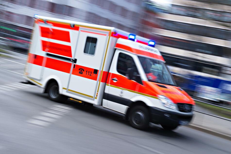 Bei einem Unfall in Plauen ist ein 18-jähriger Fahrradfahrer schwer verletzt worden. (Symbolbild)