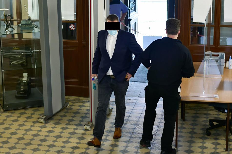 Andre H. (33) gestand schließlich die Beihilfe zum Drogenhandel am Amtsgericht Aue-Bad Schlema.