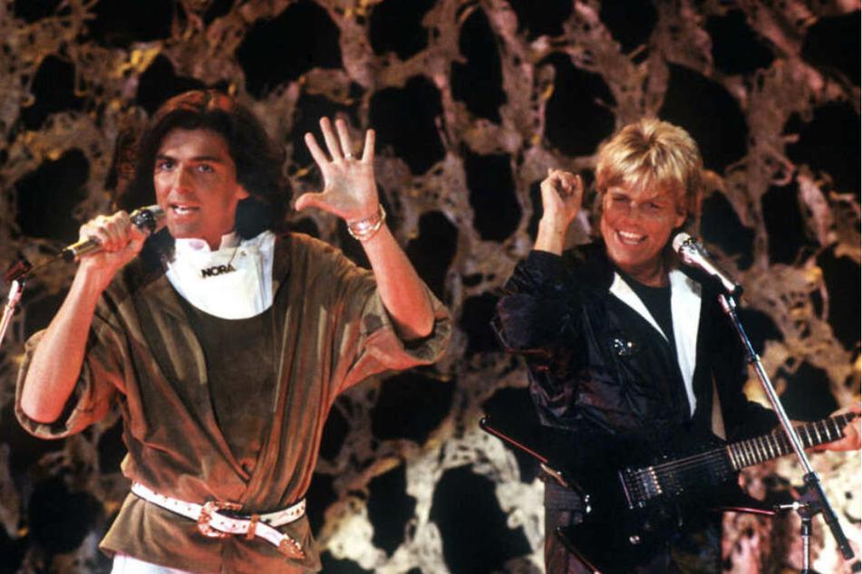 "Da blinkt die Kette: Thomas Anders (links) performte mit Dieter Bohlen als Pop-Duo ""Modern Talking""."