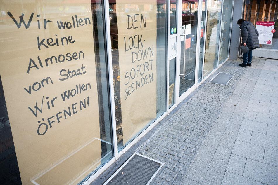 Bilder wie diese von einem Geschäft in Hannover wird es aufgrund einer möglichen vierten Welle hoffentlich nicht mehr geben.