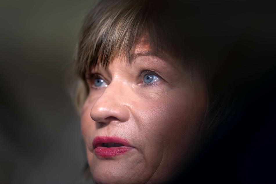 Auch sie zittert! Ex-OB Barbara Ludwig (58, SPD). Sie hatte die Kulturhauptstadt-Bewerbung vorangebracht.