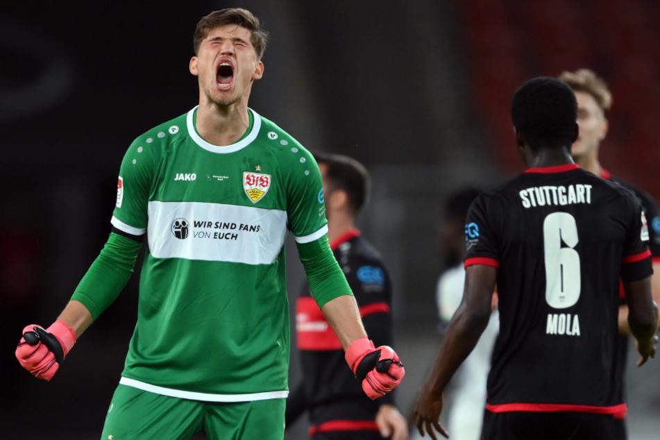 Stuttgart, 28. Mai: Torhüter Gregor Kobel jubelt nach dem Abpfiff über den 3:2-Sieg
