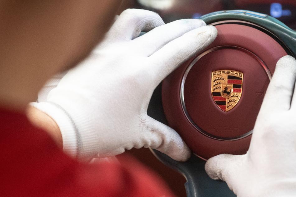 Auch in der kommenden Woche bleibt die Produktion bei Porsche ausgesetzt.