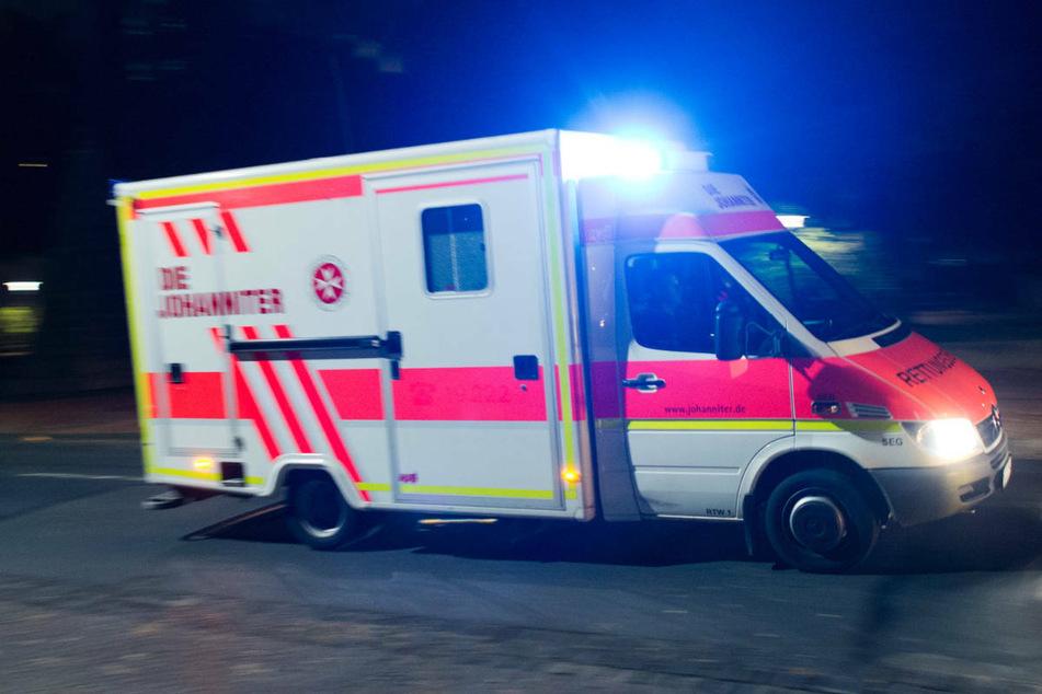 Am Samstagabend sind zwei Menschen bei einem Verkehrsunfall auf der Landstraße 29 auf Rügen schwer verletzt worden. (Symbolfoto)