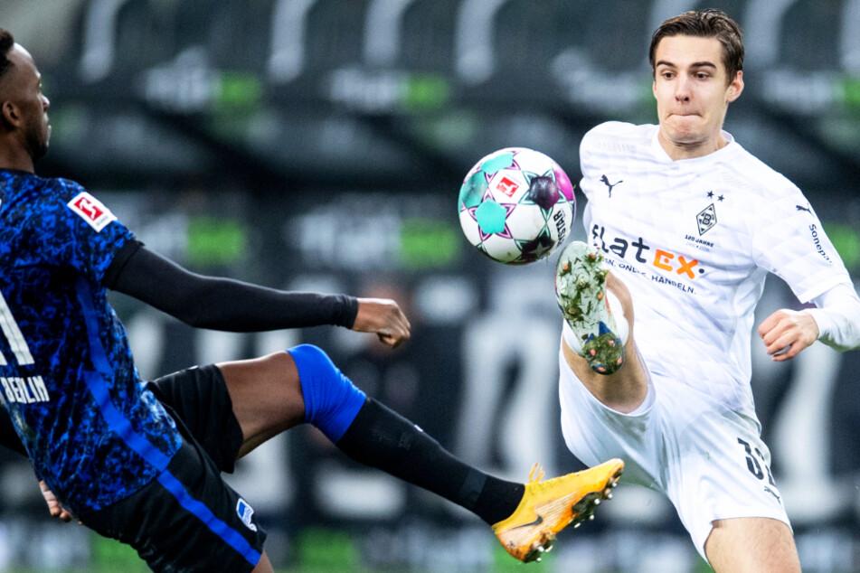 Florian Neuhaus (23, r.) könnte Borussia Mönchengladbach im Sommer verlassen.
