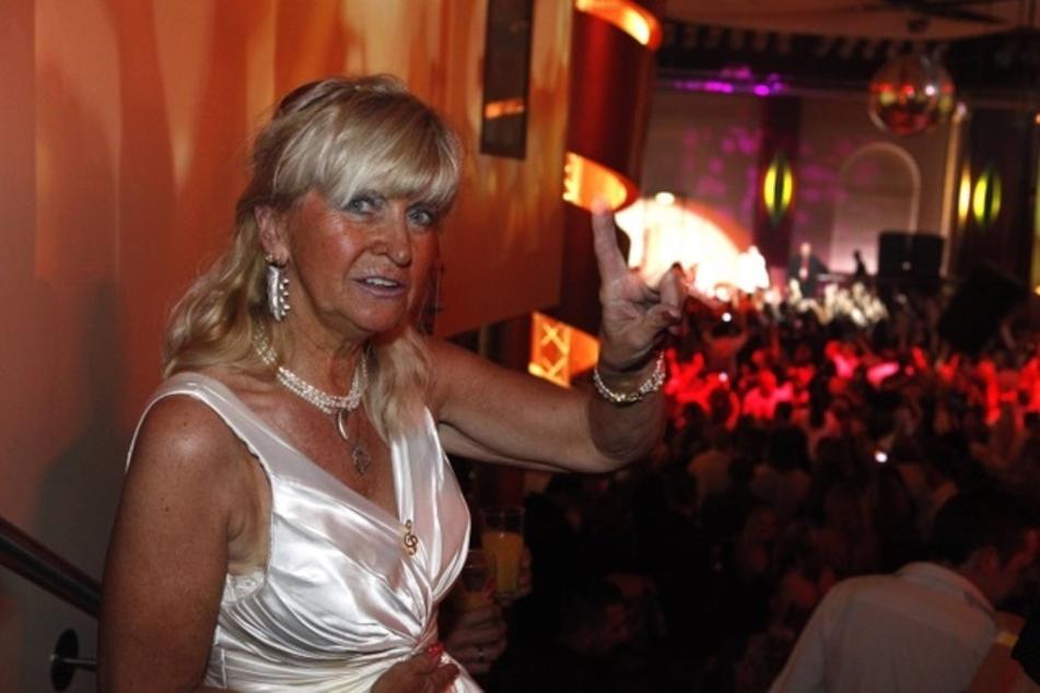 Wendlers Mutter Christine Tiggemann in Oberhausen auf der After-Show-Party 2009.