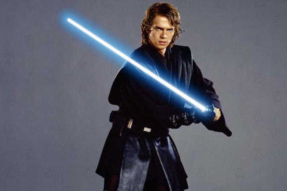 Hayden Christensen got mixed reviews for his performance as Darth Vader.
