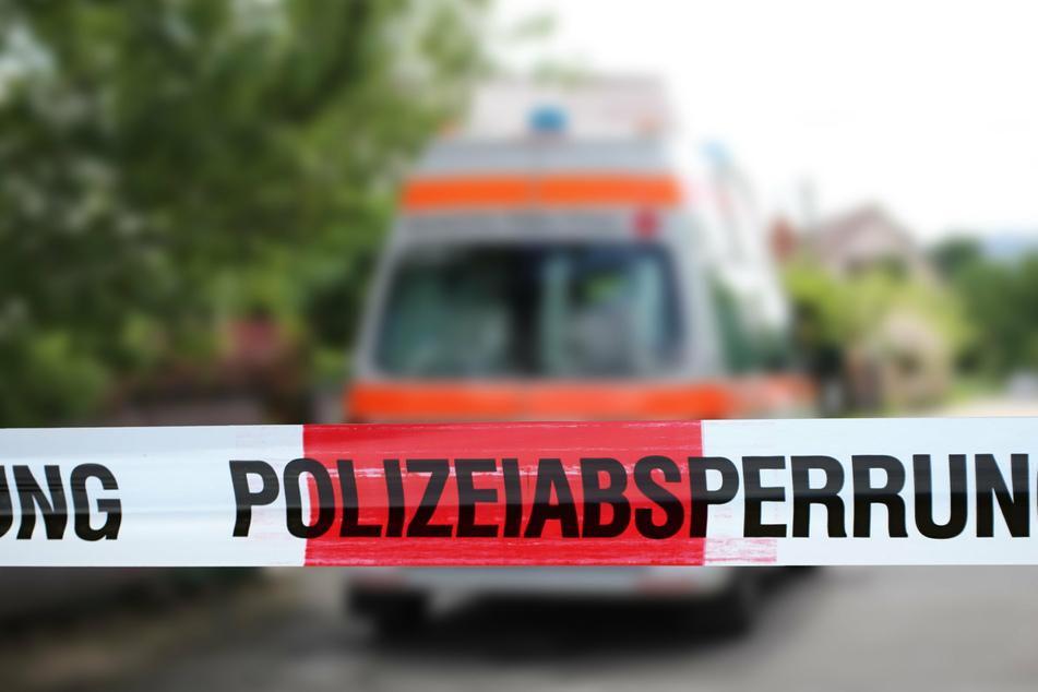 Berlin: Fahrer flüchtet nach Unfall und lässt Beifahrer schwer verletzt zurück