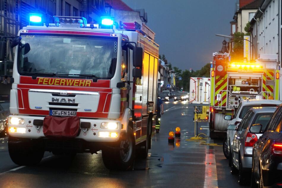 Starkregen und Gewitter zogen am Donnerstagabend über Frankfurt und Rhein-Main, die Feuerwehr hatte viel zu tun.
