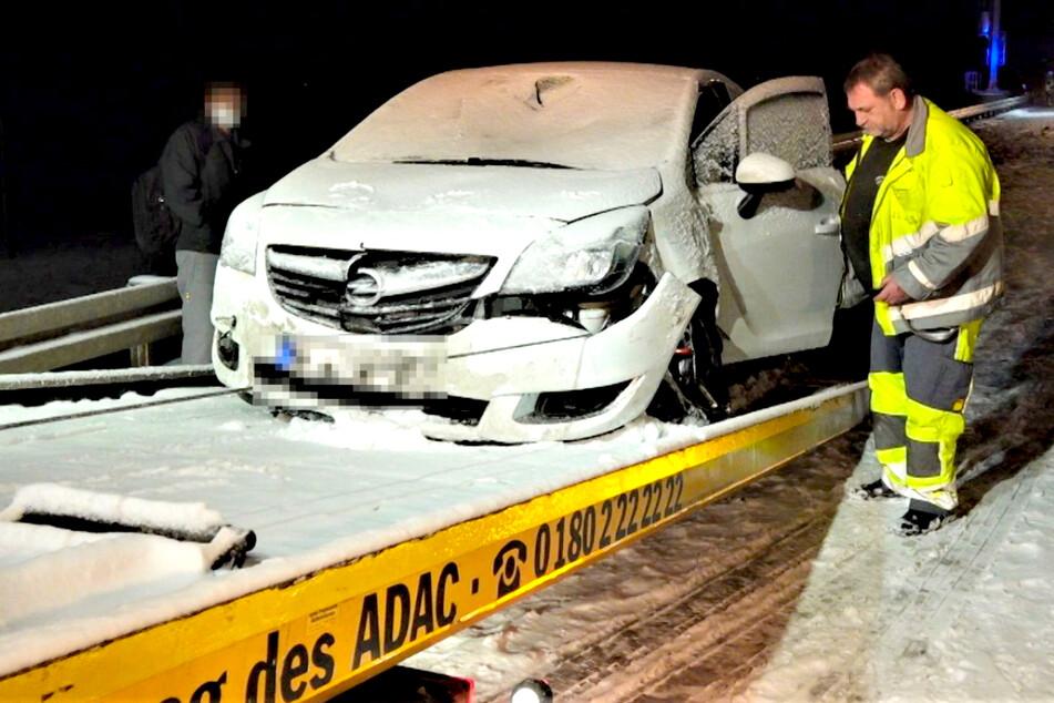 Unfallstelle übersehen! Opel erfasst Polizisten auf der A10