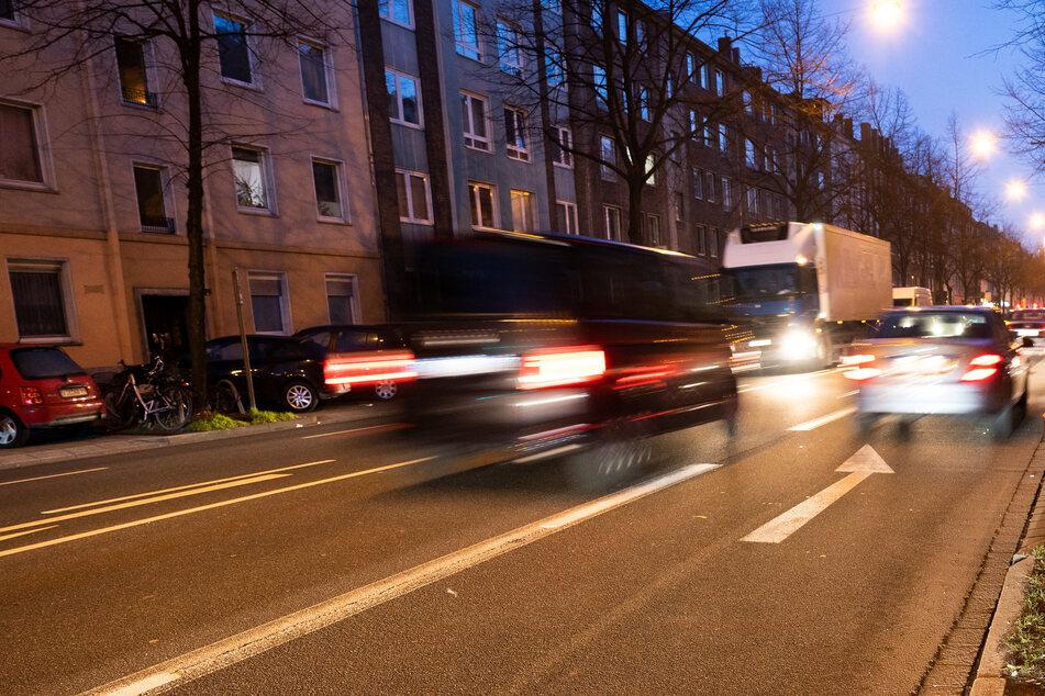 In Düsseldorf sind 5G-Zellen erstmalig in Deutschland nicht nur auf Dächern, sondern auch in einer Straßenlaterne verbaut. (Symbolfoto)